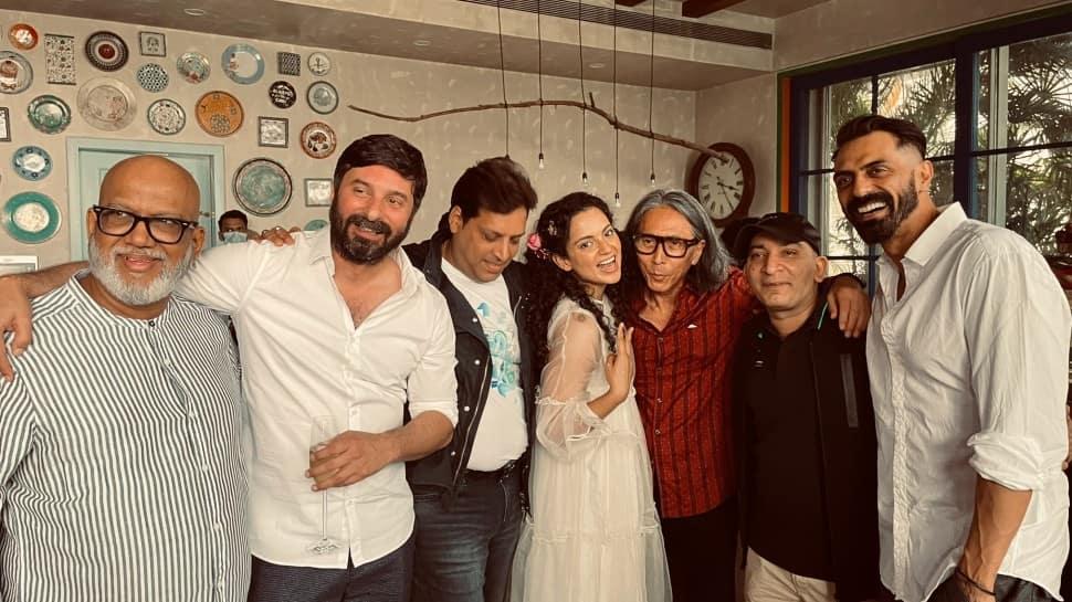 Kangana Ranaut introduces Dhaakad crew, Japanese cinematographer Tetsuo Nagata joins team