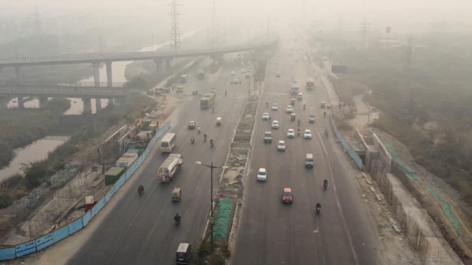 Delhi's minimum temperature dips to 4.3 degree Celsius