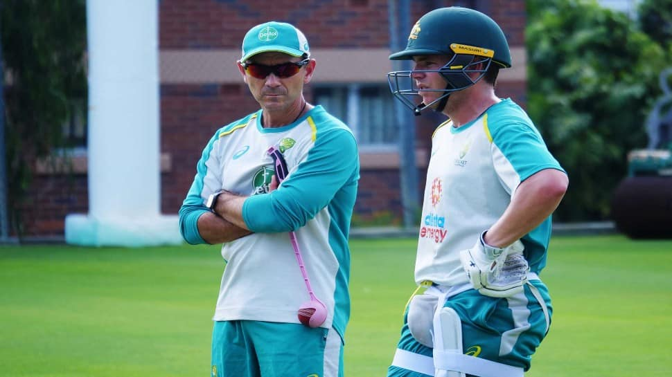 Australian coach Justin Langer (left) has a word with opener Marcus Harris at practice in Gabba. (Photo: cricket.com.au)