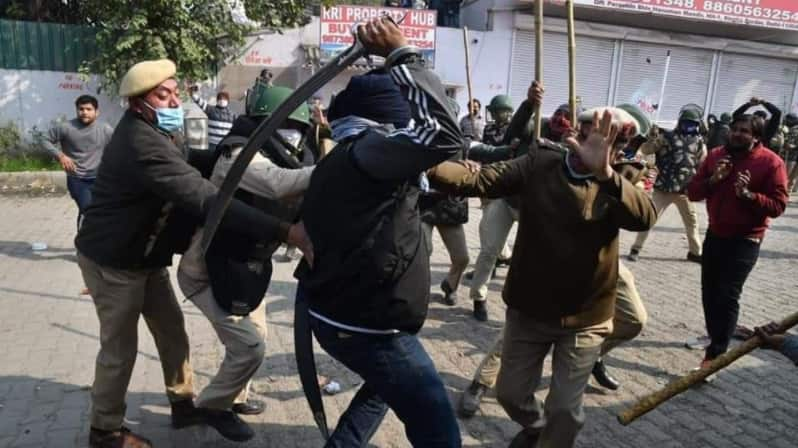 Delhi Police SHO injured in sword attack at Singhu border violence