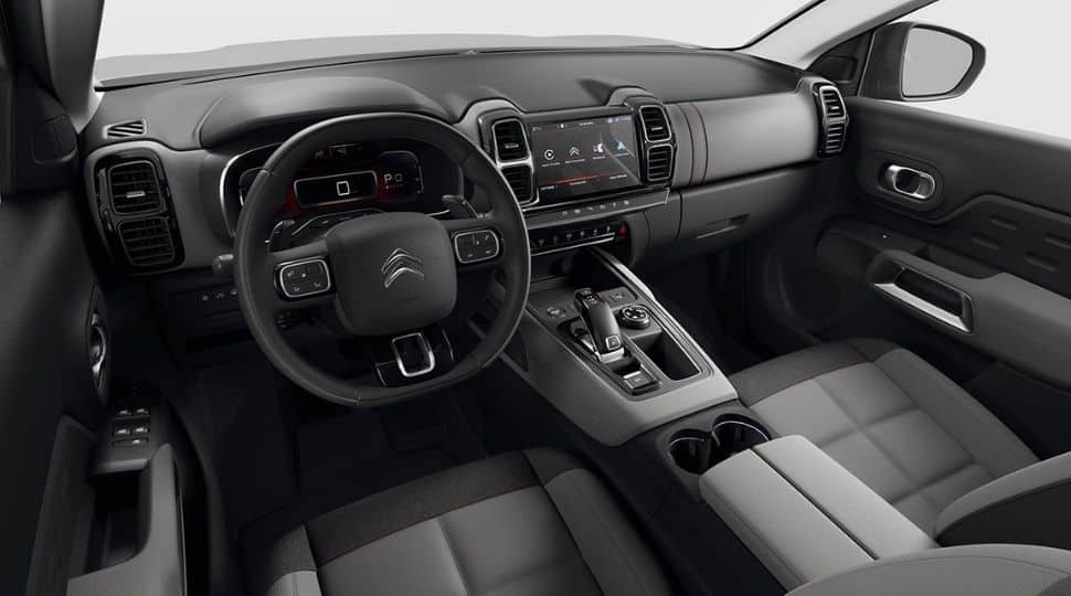 The Citroen C5 Aircross gets a host of features on the inside. The cabin is spacious and gets an 8-inch infotainment touchscreen system which supports Apple CarPlay and Android Auto.