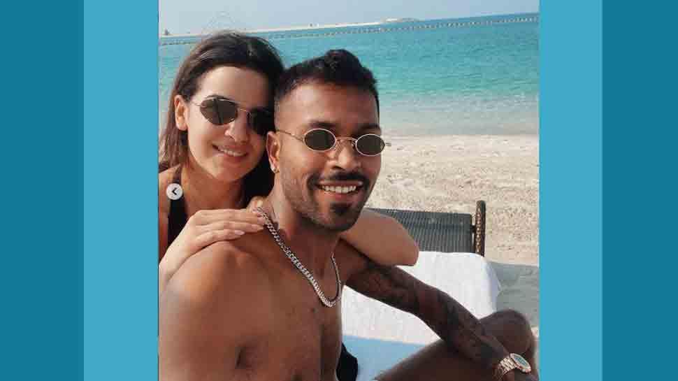 Natasa Stankovic, cricketer Hardik Pandya celebrate Valentine`s Day on beach, photo sends internet into mel... - Zee News