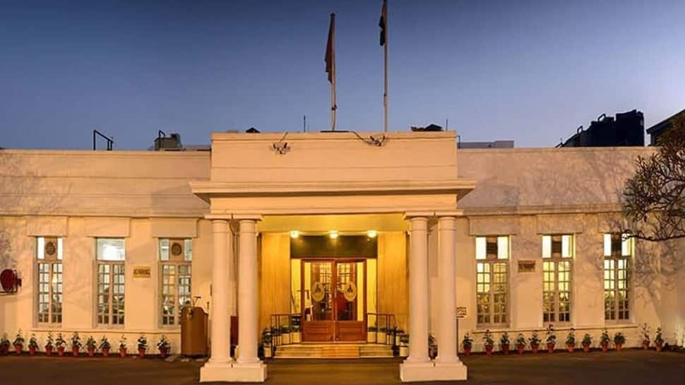 Ministry of Corporate Affairs' Manmohan Juneja takes over as Delhi Gymkhana Club's Administrator