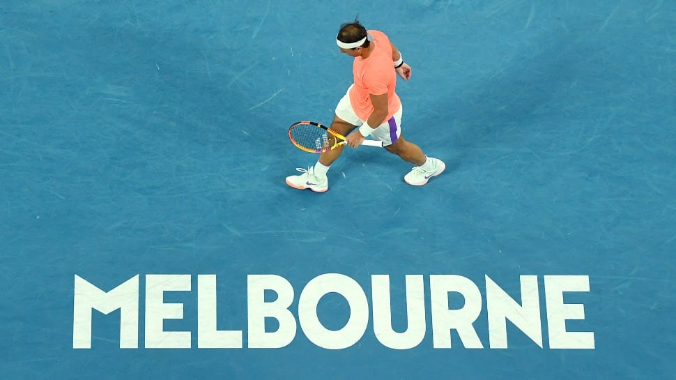 World No 2 Rafael Nadal crashes out of Australian Open thumbnail