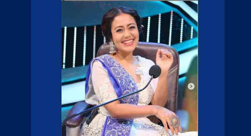Neha Kakkar comes to aid of veteran lyricist Santosh Anand, wins hearts
