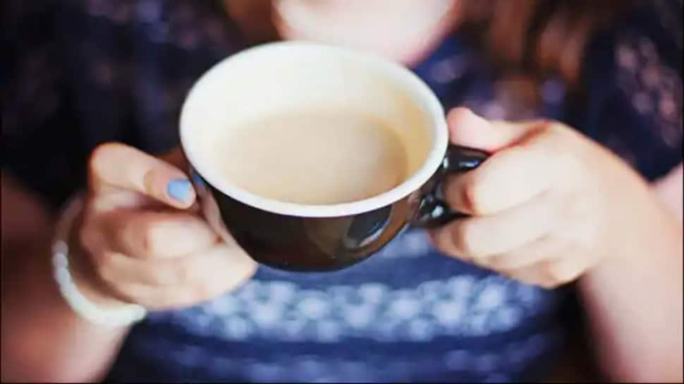बहुत अधिक कॉफी का सेवन आपके दिल की सेहत पर भारी पड़ सकता है