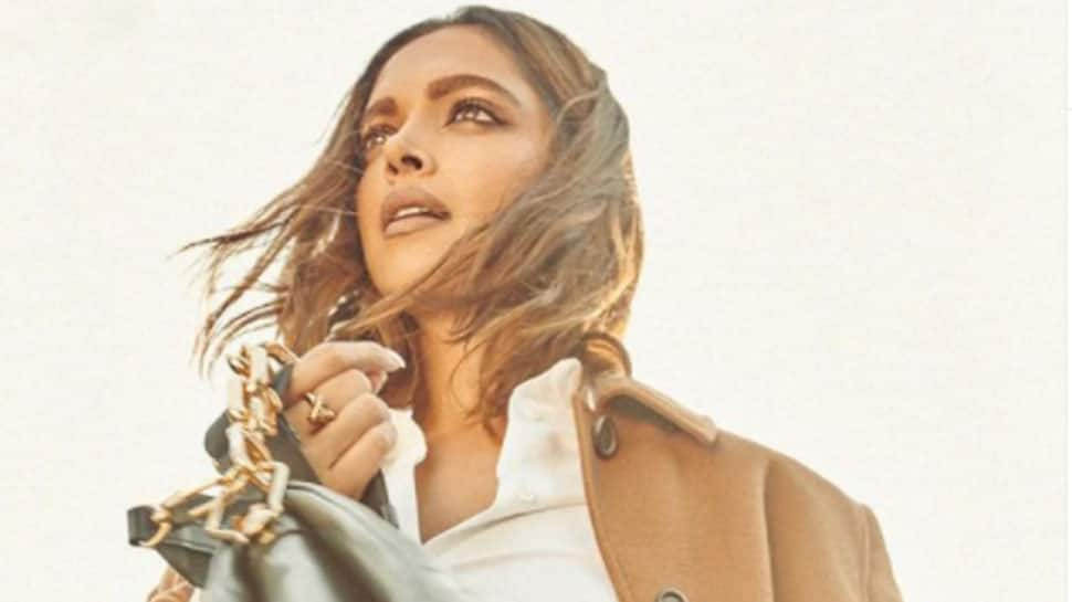 Deepika Padukone mobbed by fans outside restaurant, women tries to pull her red bag- Watch