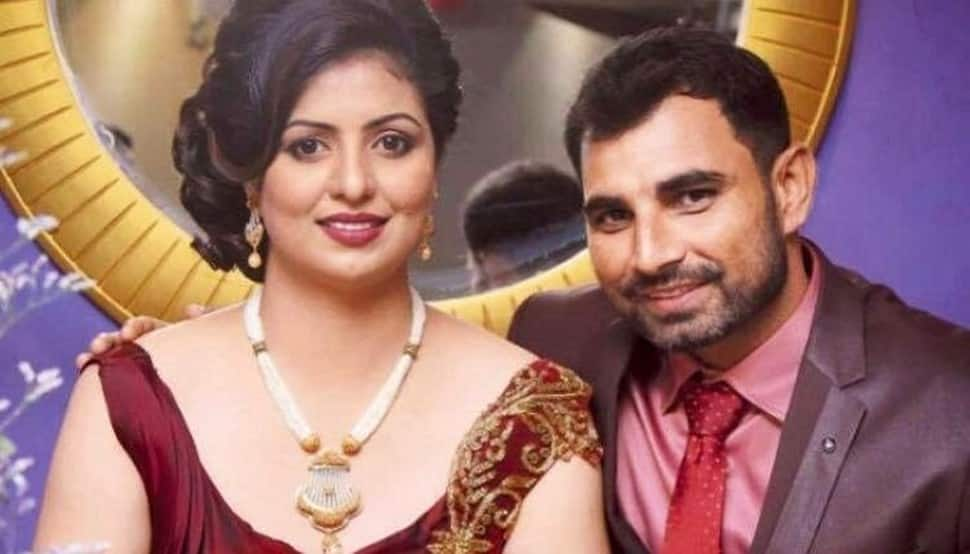 Indian cricketer Mohammed Shami's wife Hasin Jahan posts surprising pic with 'sindoor'
