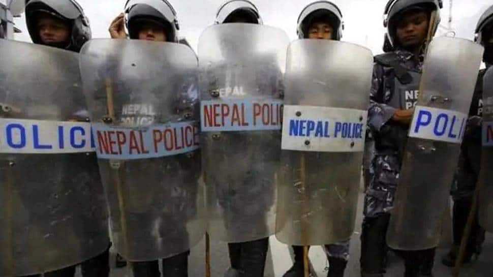 Nepal police hands over body of man killed in firing at Pilibhit, family performs last rites