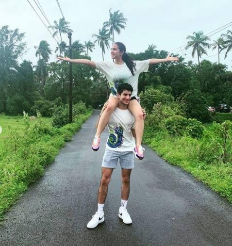 Sara and Ibrahim having fun in Goa