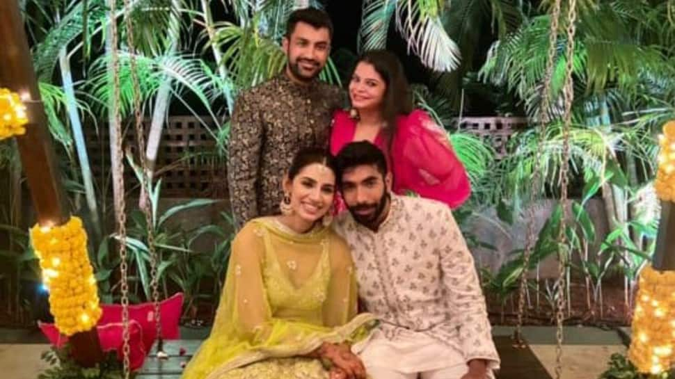 Jasprit Bumrah ties knot with Sanjana Ganesan (Source: Twitter)