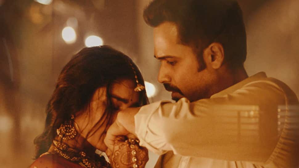 Emraan Hashmi's romantic avatar in Lut Gaye song from 'Mumbai Saga' gets a  thumbs up from fans - Watch | Music News | Zee News