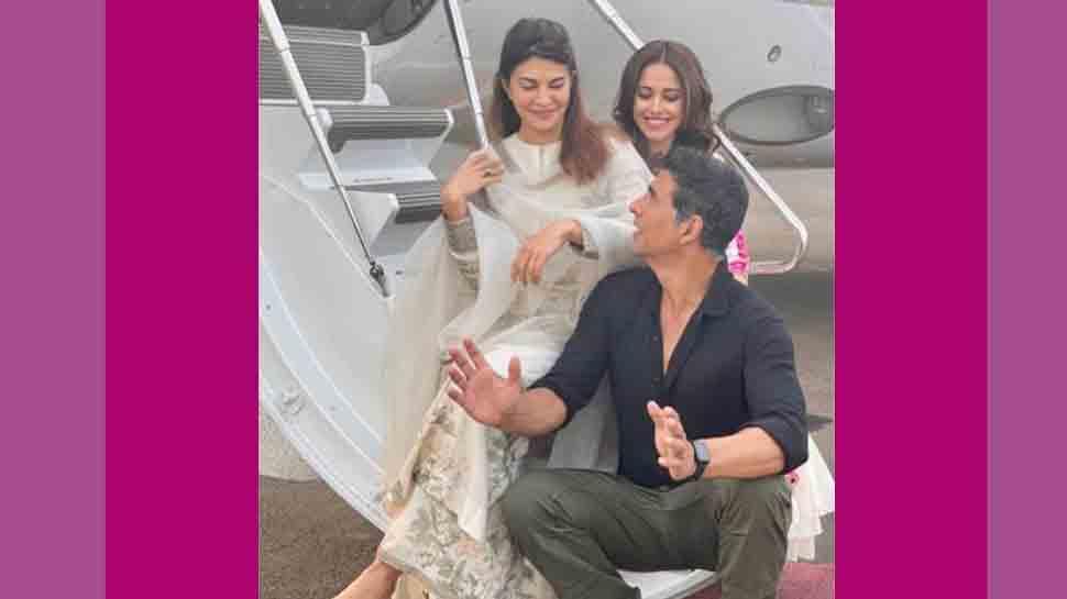 Akshay Kumar impressed with Jacqueline Fernandez, Nushrratt Bharuccha's make-up skills