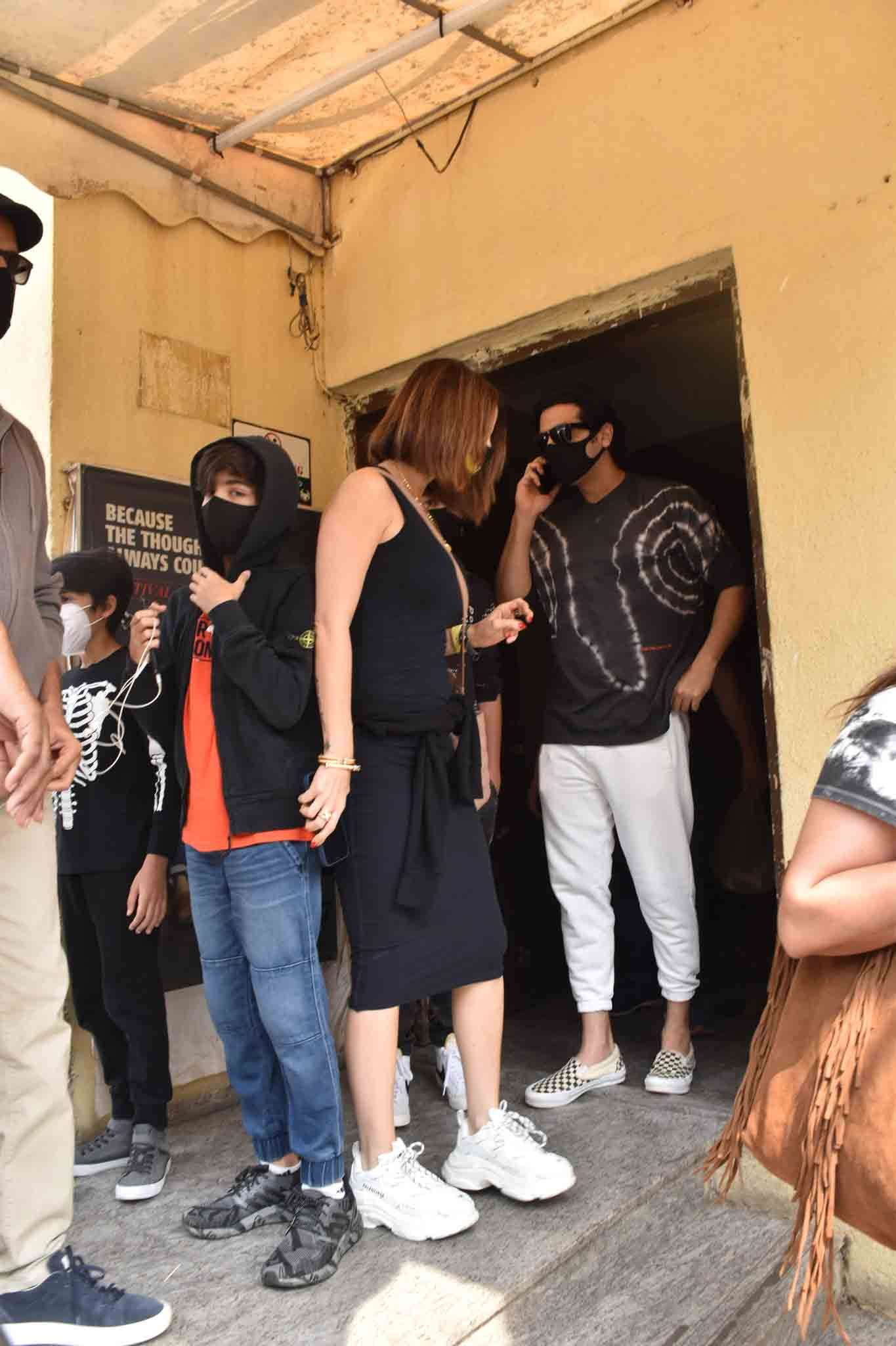 Hrithik, ex-wife Sussanne on a day out