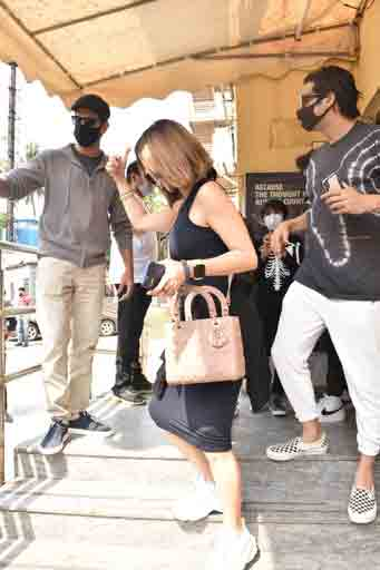 Hrithik Roshan papped with Sussanne Khan