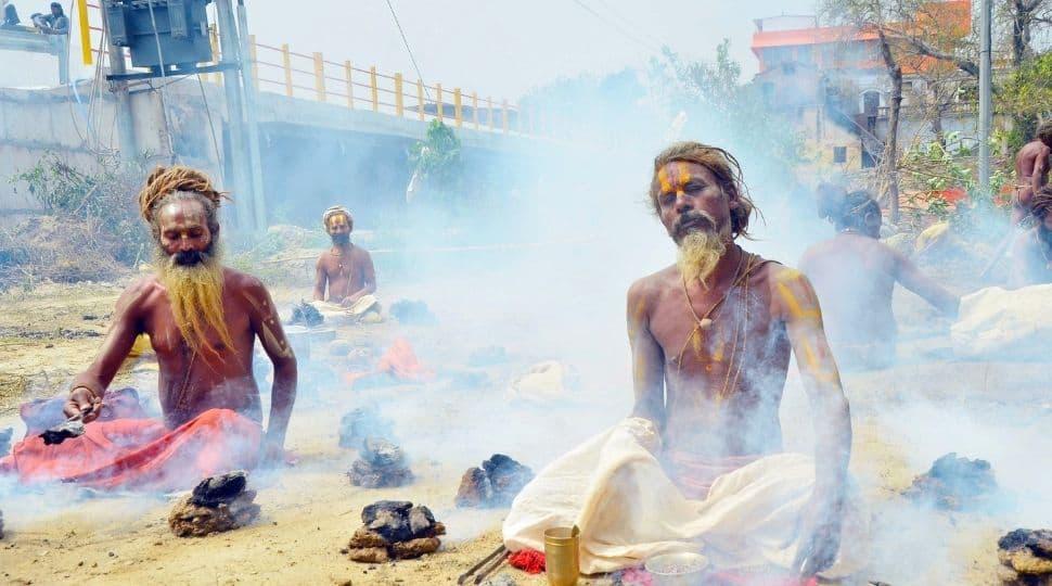 Devotees take dip in Haridwar