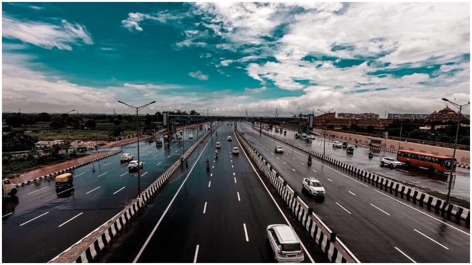 If you plan to travel to Delhi or NCR today, read this before driving out