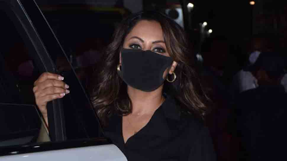 Shah Rukh Khan's wife Gauri Khan spotted after shoot in Mumbai