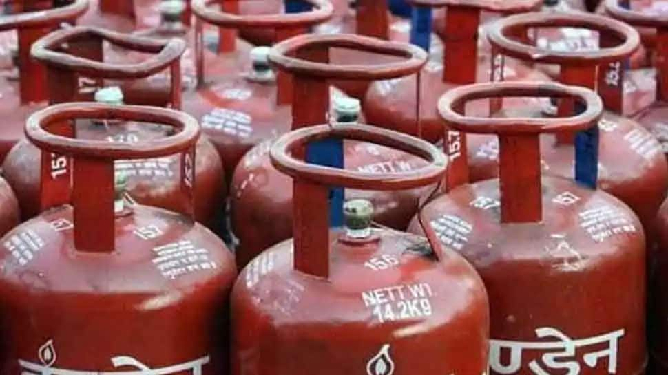 Paytm is coming with a bumper offer on LPG!  Get LPG cylinder at Rs 9 only, validity till 30th April |  Personal Finance News