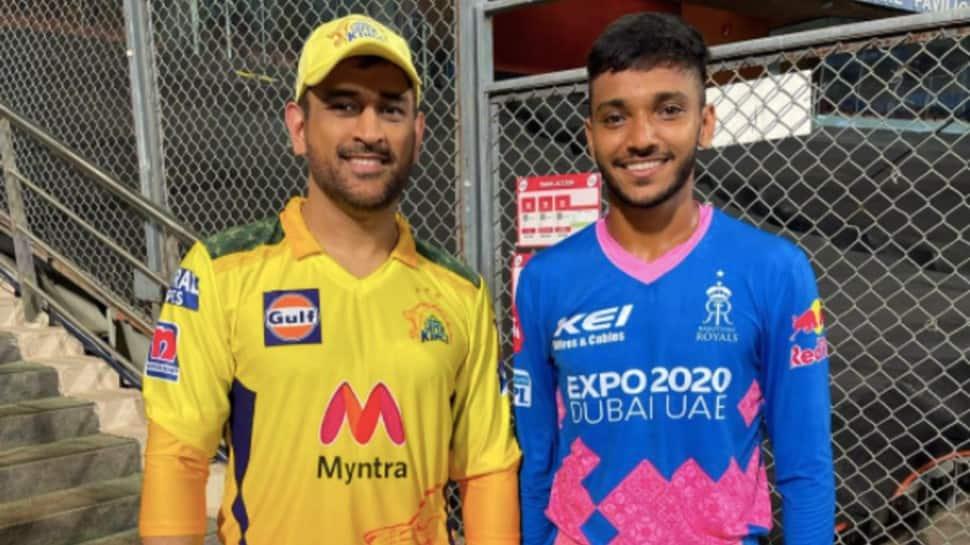 IPL 2021: MS Dhoni floors another fan, this time it's Rajasthan Royals' Chetan Sakariya