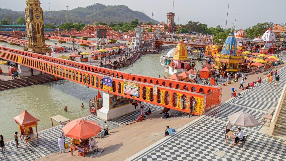 Deserted view of ghats at Har ki Pauri in Haridwar on Ram Navami