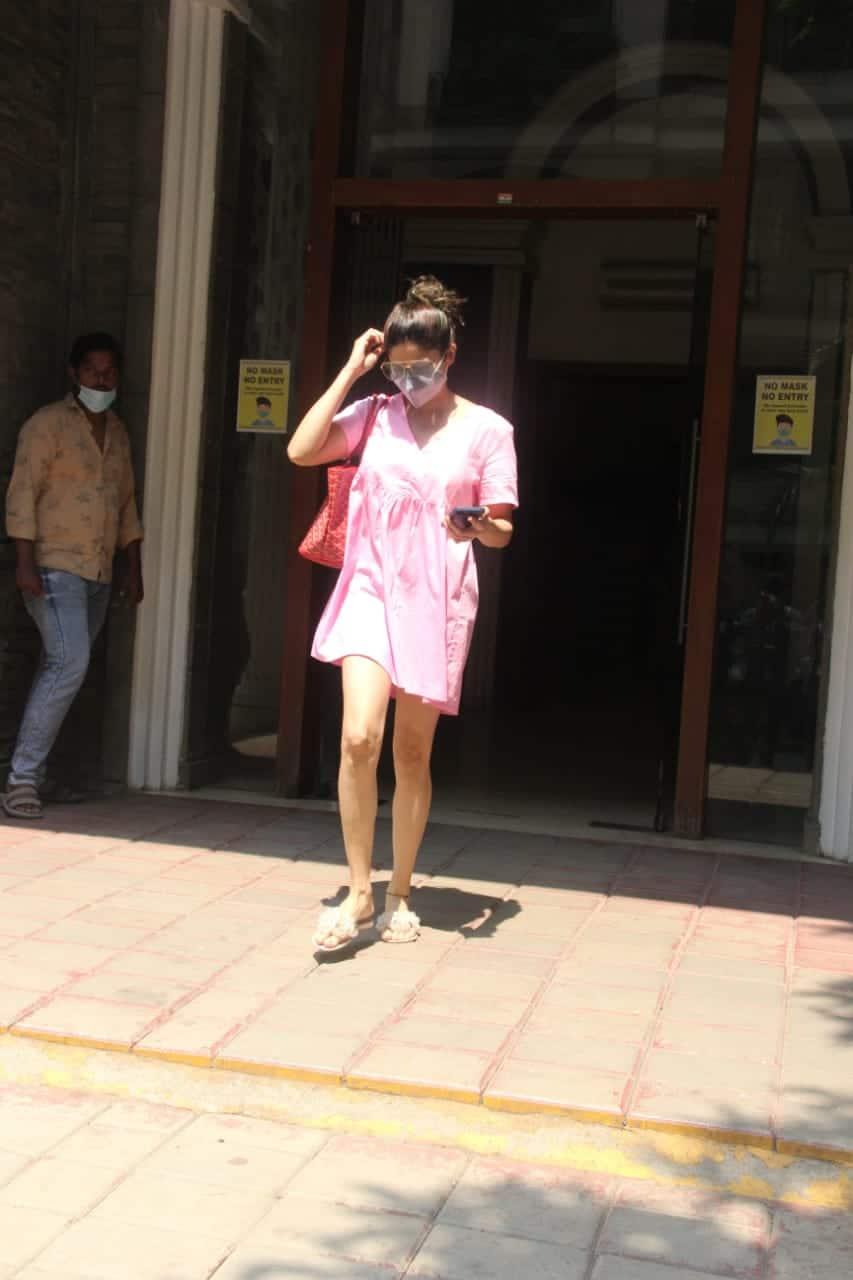 Shamita Shetty spotted in Bandra