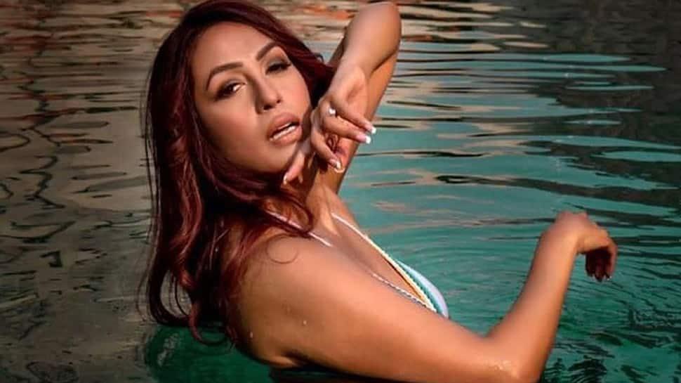 Bigg Boss 14 fame Kashmera Shah's new sultry bikini post for TROLLS is a tight slap on bodyshaming!