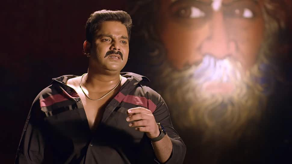 Pawan Singh's latest Bhojpuri heartbreak song 'Mohabbat Ab Bechata' goes viral on YouTube - Watch