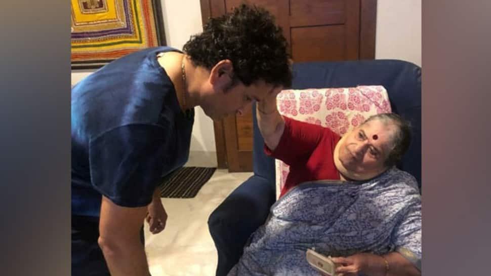 Mother's Day: Sachin Tendulkar, Virender Sehwag lead as cricketers extend greetings