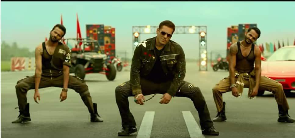 Salman Khan steals the show with his unique moves