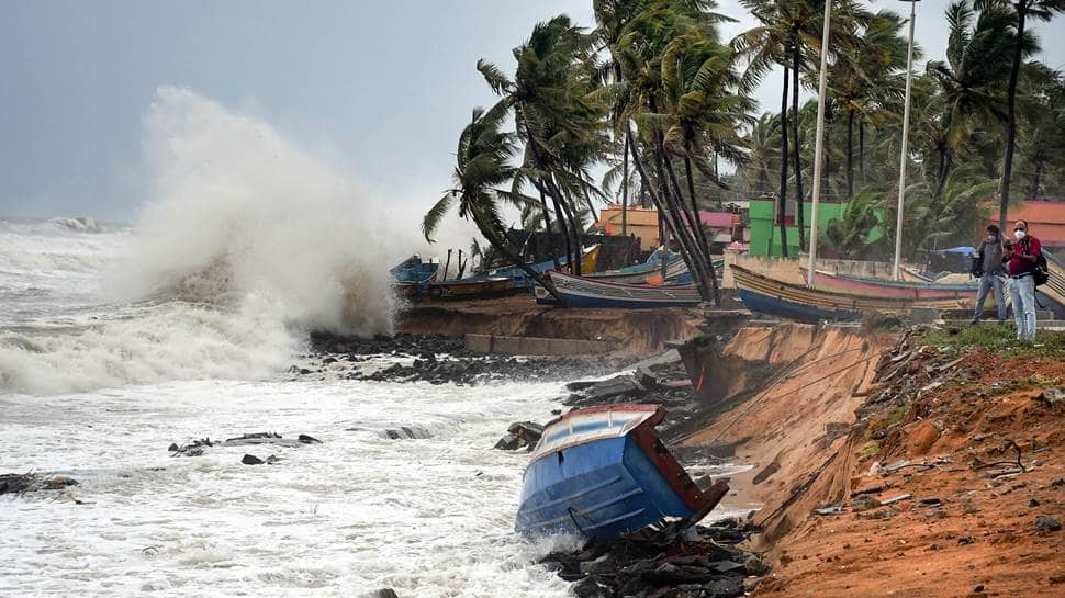 Cyclone Tauktae intensifying into 'very severe cyclonic storm', here are latest developments