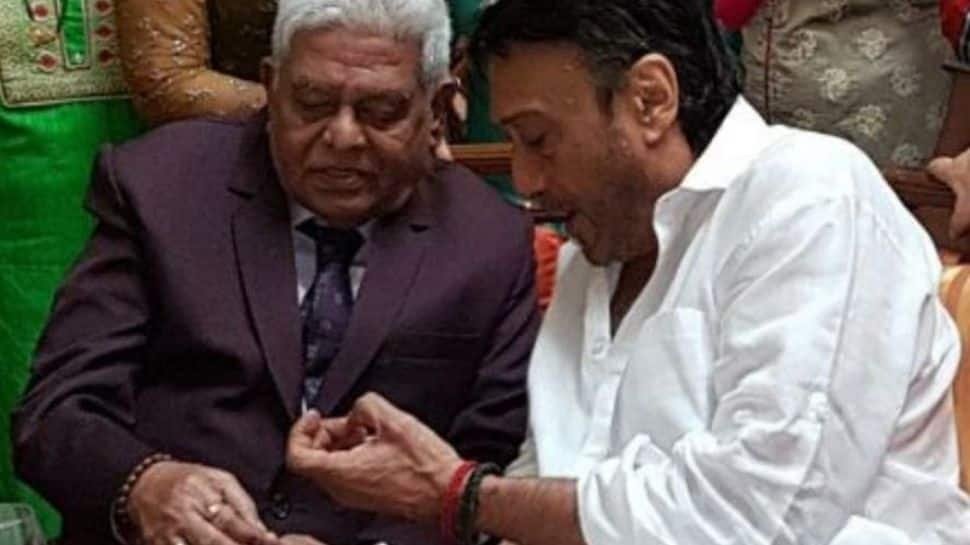 Jackie Shroff mourns his make-up man Shashi Dada's demise, shares heartfelt post on their 37 years of togetherness!