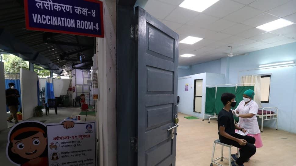Delhi, Haryana citizens booking COVID-19 vaccine slots in ...