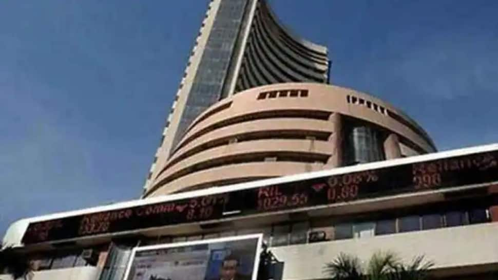 Sensex drops 132 pts after RBI policy outcome, banking stocks drag