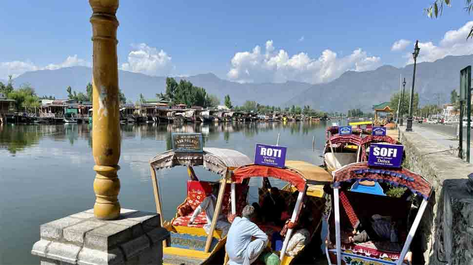 Kashmir tourism industry suffers Rs 1500 crore loss due to COVID-19 pandemic