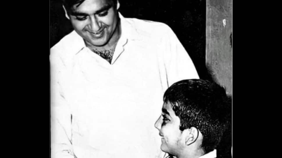 Sanjay Dutt misses father Sunil Dutt on his 92nd birth anniversary, shares a throwback picture!