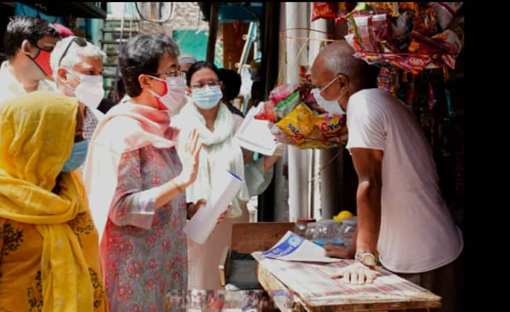 AAP leaders launch 'Jahaan Vote, Wahin Vaccine' campaign across Delhi