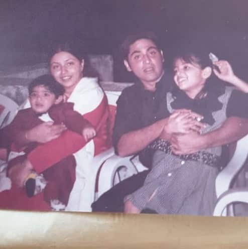 Old pic of Aasif Sheikh with wife and kids