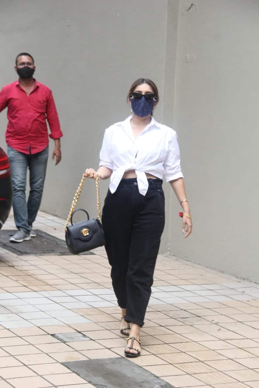 Bhumi Pednekar spotted in Bandra