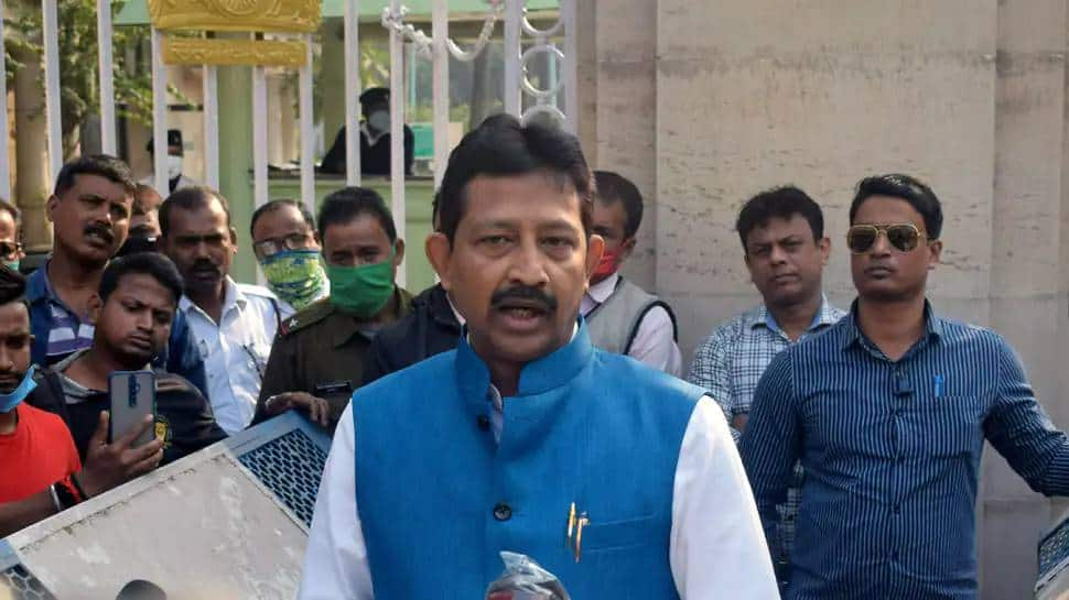 After Mukul Roy quits BJP, Rajib Banerjee meets TMC leader triggering speculation of return to old party