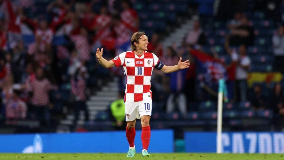 Euro 2020: Record-breaking Luka Modric leads Croatia into last 16