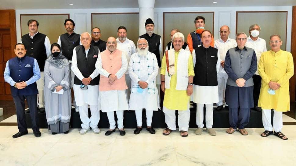PM Modi meets J-K leaders