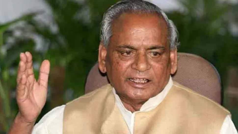 Kalyan Singh admitted to hospital, Yogi Adityanath visits former Uttar Pradesh CM