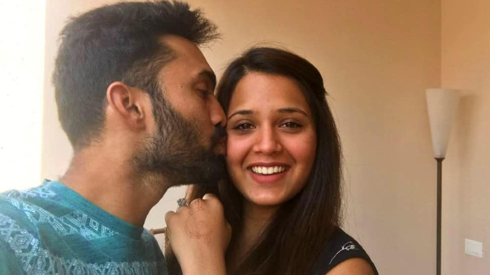 'Got lot of stick from mum and wife': Dinesh Karthik apologises for comments related to 'neighbour's wife'