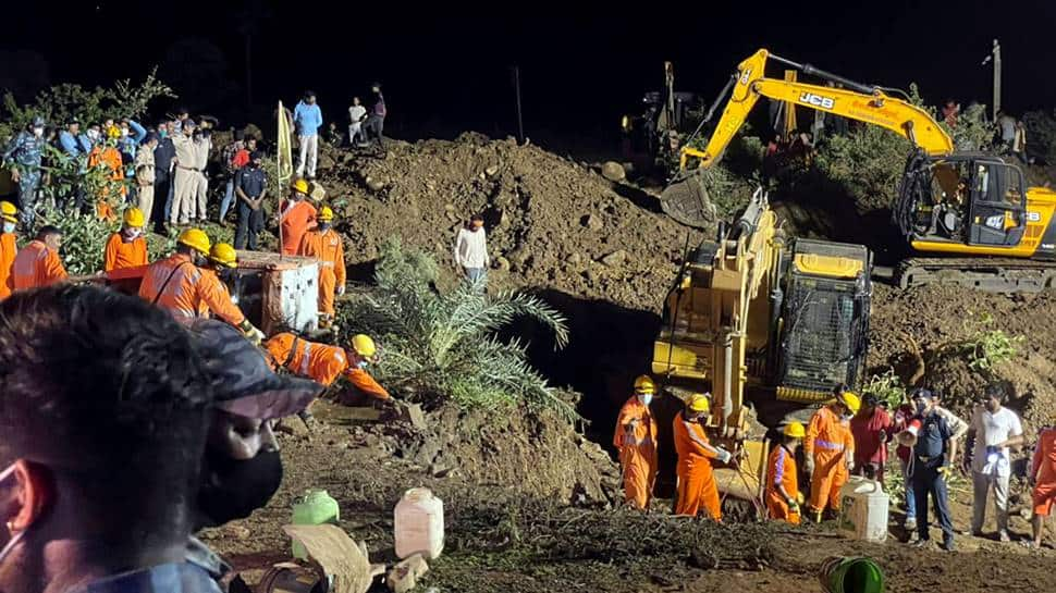 8 dead bodies recovered from well in Madhya Pradesh's Vidisha, rescue operations on