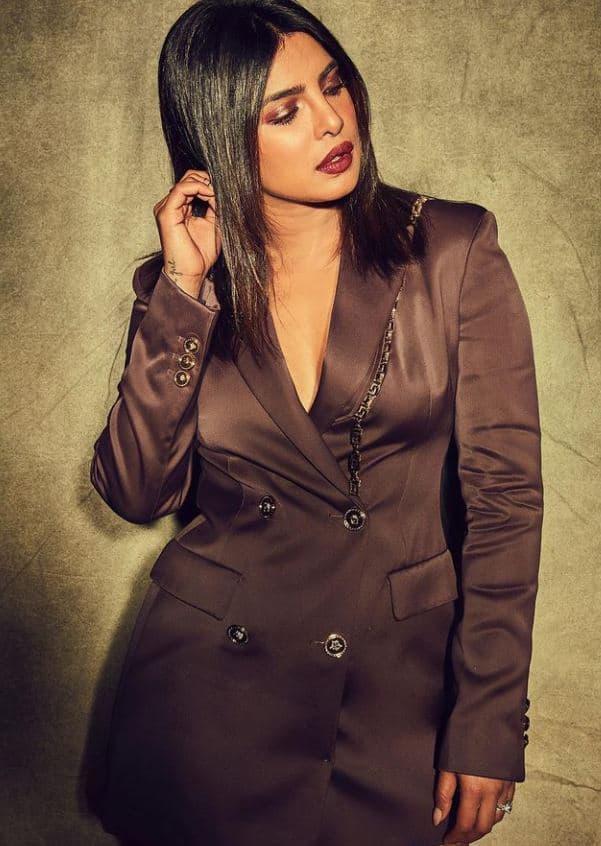 Priyanka flaunts her boss woman avatar