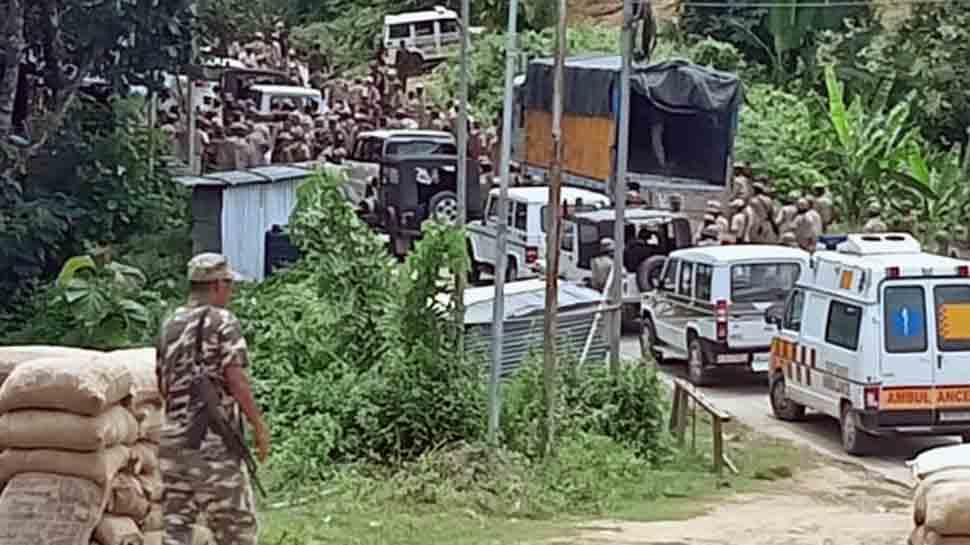 Assam-Mizoram border row: 6 Assam cops dead, 50 injured in clashes   India News   Zee News