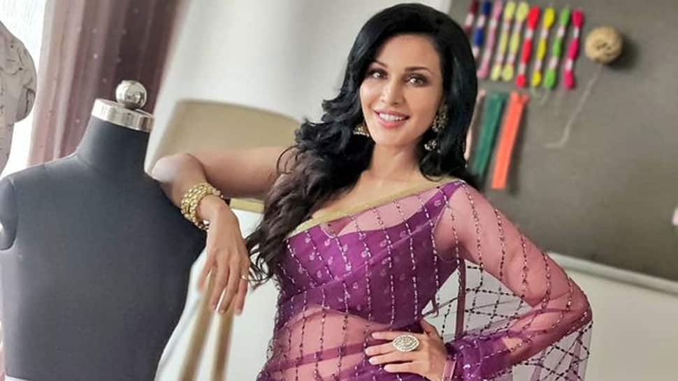 Actress Flora Saini issues clarification, says 'never interacted with Raj Kundra, and his aide Umesh Kamat'