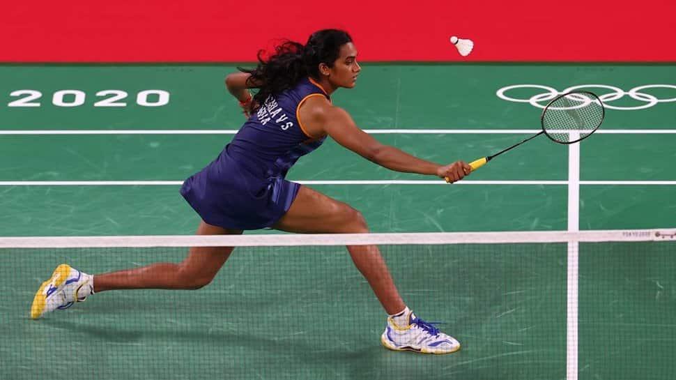 Tokyo Olympics: PV Sindhu trumps Hong Kong's NY Cheung, advances to knockout stage thumbnail