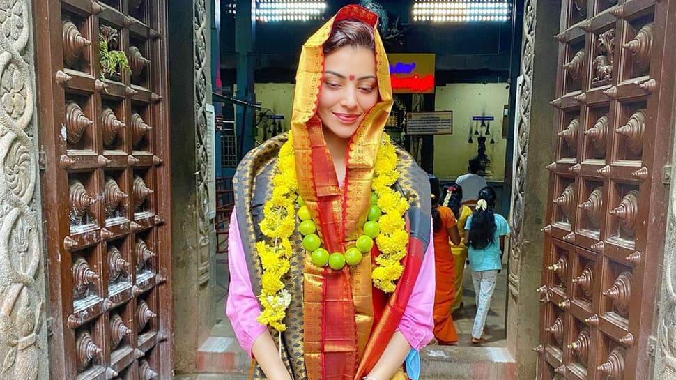 Urvashi Rautela visits Kalikambal Temple in Chennai, shares breathtaking pics!